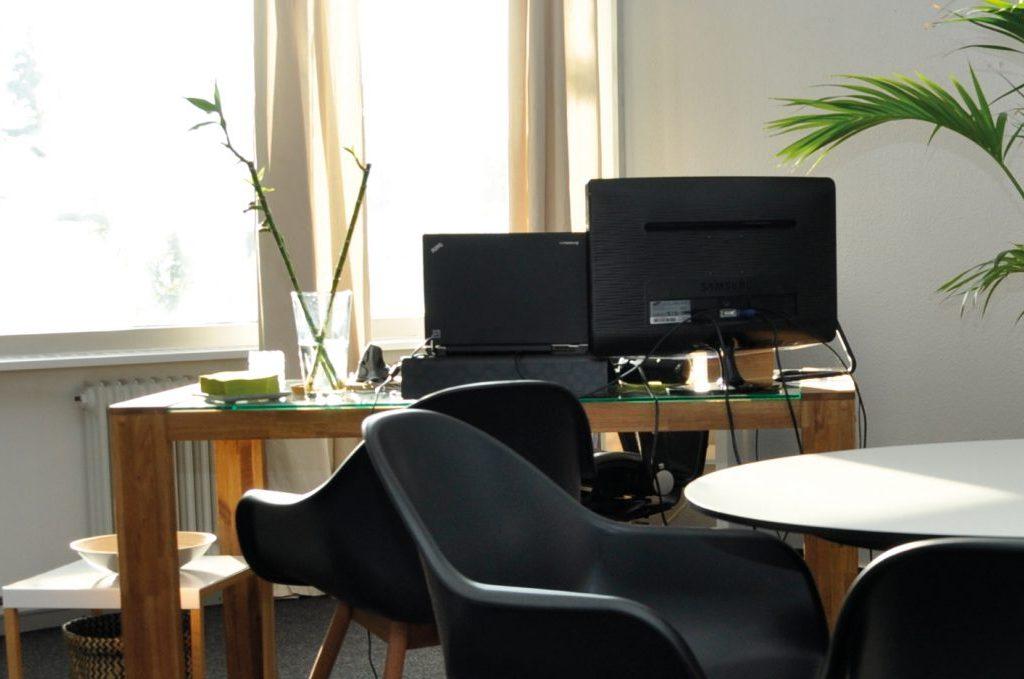 Bali Schreibtisch