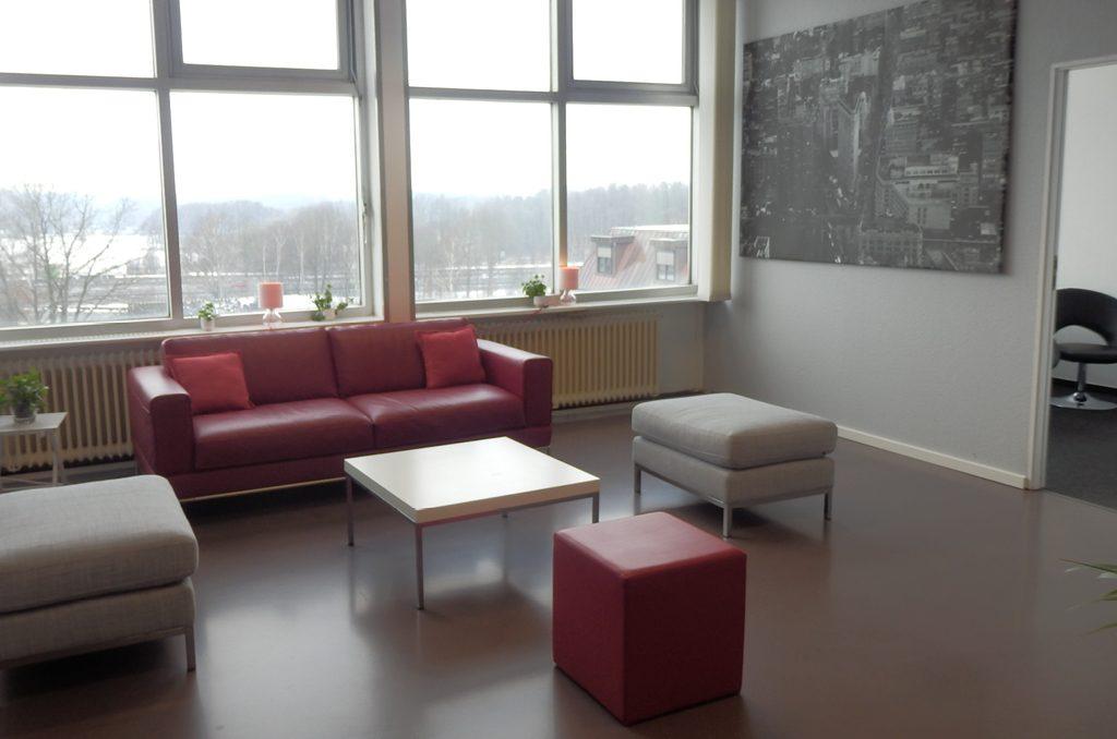 Lining Lounge Sofas